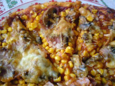 Paprikás krumpli: Songoku azaz sonkás gombás kukoricás pizza
