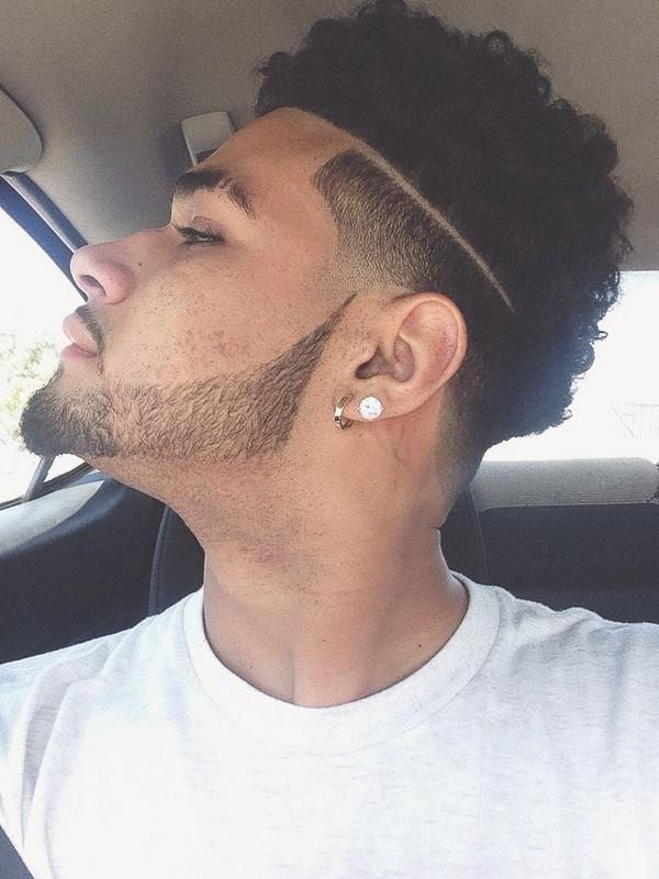 Ronnie Banks Taper Fade : ronnie, banks, taper, RONNIE, BANKS.