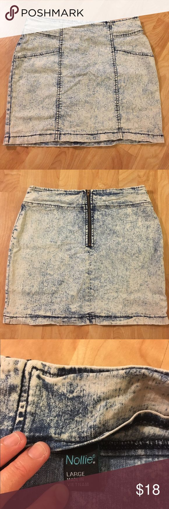 """Nollie blue & white acid wash bodycon pencil skirt Gorgeous skirt with lots of stretch! Super soft fabric and in great condition. 14.5"""" across waist unstretched (29"""" total) and 15"""" long. Size Large. Nollie brand from PacSun. A great addition to any closet! Nollie Skirts Pencil"""