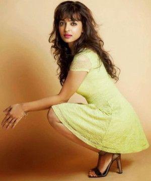 Radhika-Apte-hot-pics