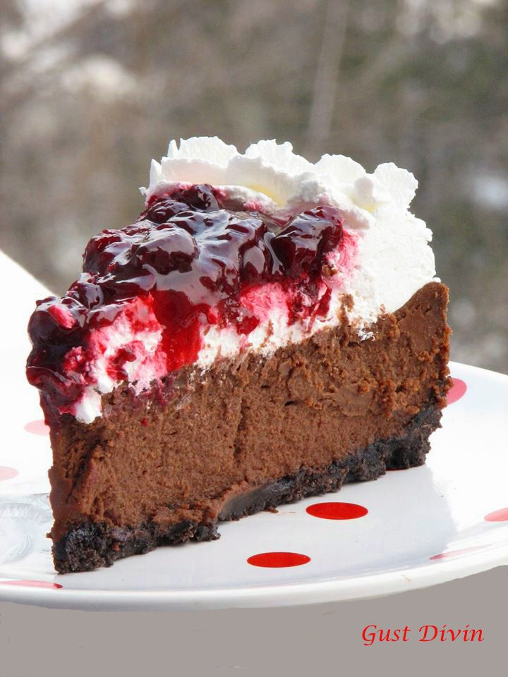 #cheesecake #blackforest #chocolatecheesecake #gustdivin