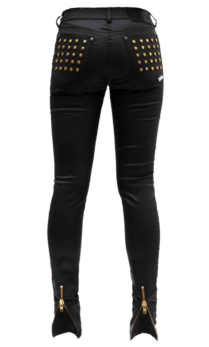 There's nothing like a good pair of studded black skinnies to complete an outfit.