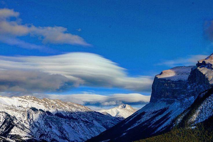 On instagram by nastasik_spb #landscape #contratahotel (o) http://ift.tt/1JgyMPN  #view #nature #nakedplanet #mountains #imagesofcanada #canada #travel #winter2016 #clouds #banff #winter #alberta #travelawesome #explorecanada #enjoycanada #природа #пейзаж #горы #зима #зима2016 #альберта #облака #банфф #путешествие #канада