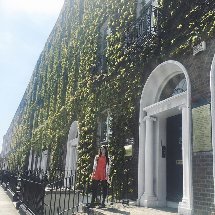 Monday's aren't so bad ☀️ There's no better place than Dublin when it's sunny!  #mondaymotivation #dublin #ireland #lovindublin #summer #sun #girl #style #ootd #ootn #picoftheday #instagood #instadaily #likeit #likebackteam #l4l #f4f #irishblogger #irishblog