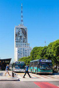 Turistandoin Argentina Buenos Aires colectivos by Alessandro Grussu 200x300 Transporte emBuenos Aires: Como circular pela cidade