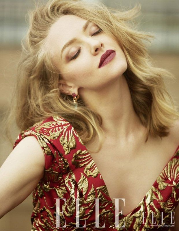 Amanda Seyfried Stars in Elle China September 2016 Cover Story - Prada Fall 2016
