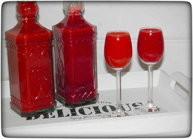 die besten 25 erdbeerlimes ideen auf pinterest erdbeerlimes rezept alkohol rezepte und. Black Bedroom Furniture Sets. Home Design Ideas