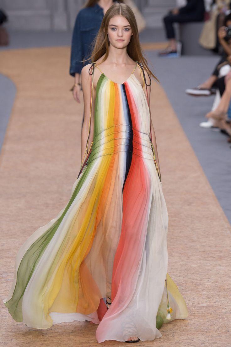Chloe Spring 2016 Ready-to-Wear Fashion Show