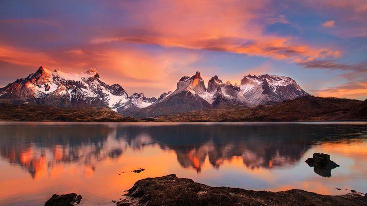 Скачать обои национальный парк Торрес-дель-Пайне, Чили, Патагония, горы Анды, Южная Америка, Пеоэ, озеро, Утро, раздел пейзажи в разрешении 1920x1080