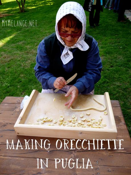 Where to find ladies of Old Bari making fresh orecchiette pasta in #Puglia http://mymelange.net/mymelange/2012/09/orecchiette-bari-puglia-italy.html