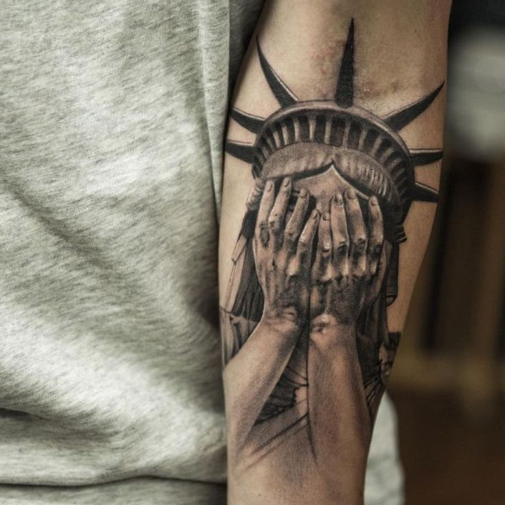 Statue Of Liberty Tattoo - hyper-realistic tattoo done By Niki Norberg
