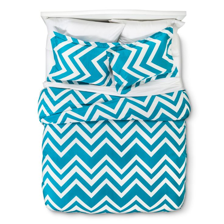Crisp, clean and modern best describes the Chevron Duvet Cover Set. This bedding set is made of 100% cotton, comes in a bevy of colors and is specially made for plush comfort and breathability. The set includes a duvet cover with button closure and 2 shams. For easy care, machine wash in cold water and tumble dry.