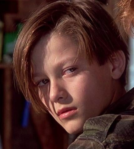 Edward Furlong. Young actors!