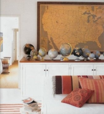 Stunning globe collection: Living Rooms, Elle Decor, Wall Maps, Globes And Maps, Vintage Maps, Interiors Design, Old Maps, Globes Collection, Vintage Globes