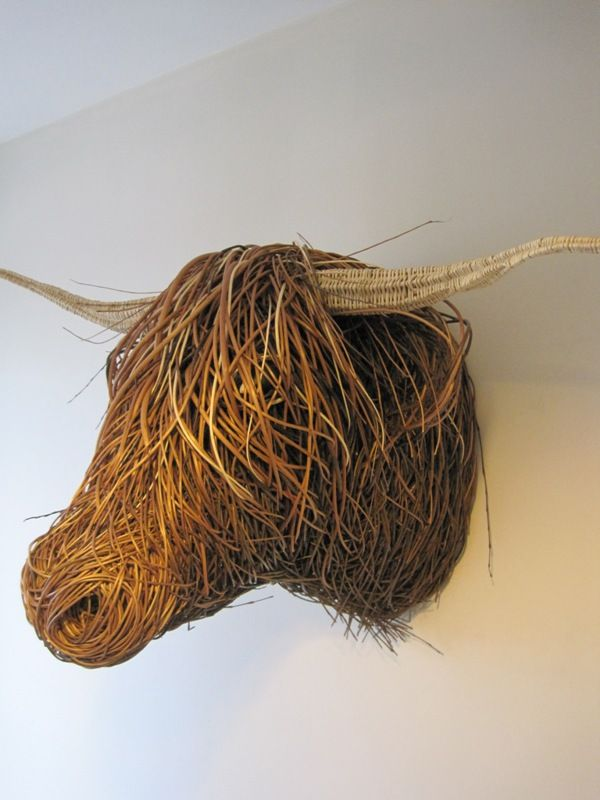 Willow Scottish Highlander Sculpture - Bob Johnston Baskets (so much more awesome than a 'cow skull')