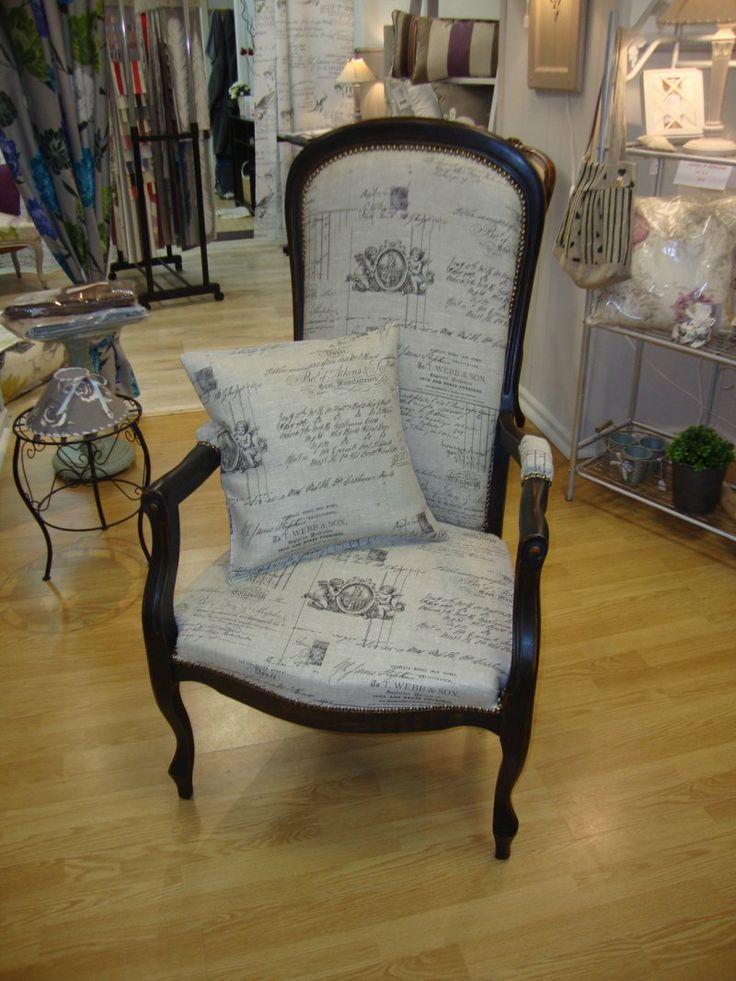 les 14 meilleures images du tableau voltaire restauration fauteuil sur pinterest canap s. Black Bedroom Furniture Sets. Home Design Ideas