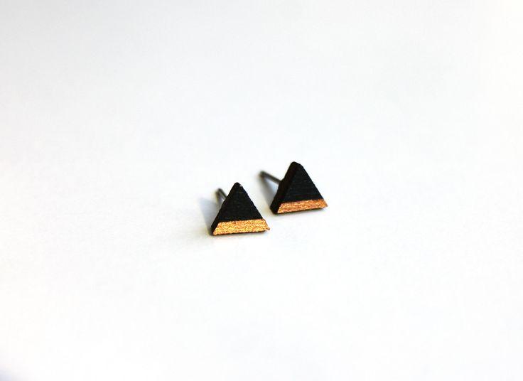 houten oorbellen, driehoek oorbellen, cadeau voor haar, oorbellen,  hand geschilderd, brons, hout door JolisMots op Etsy