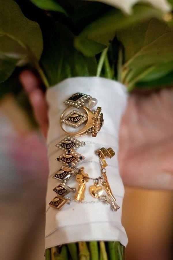 How to Tastefully Incorporate Your Sorority in Your Wedding | Wedding Blog, Wedding Planning Blog | Perfect Wedding Guide