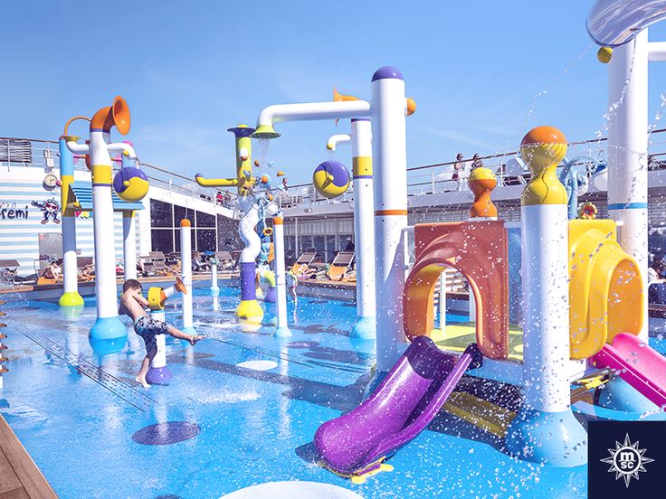 Mini water fountains and spraying gadgets, the Doremi spray park is hours of splish splash fun for the little ones. #MSCSinfonia Male vodene fontane i prskalice, Doremi park nudi sate vodene zabave za najmlađe.