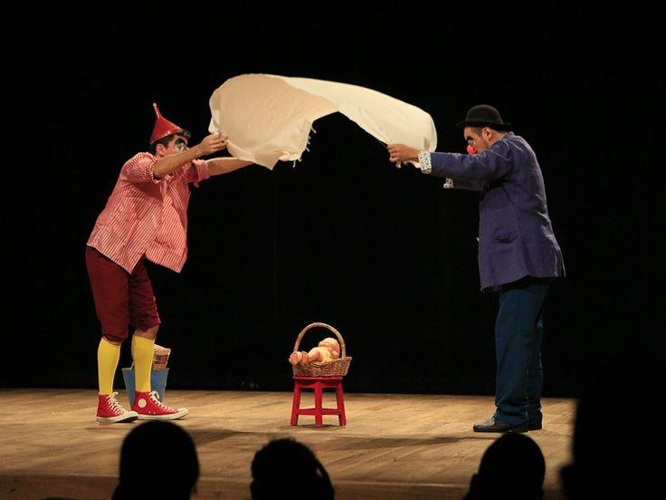 Entre os dias 22 e 30 de agosto, Fortaleza cedia o II Circuito Alternativo de Teatro.
