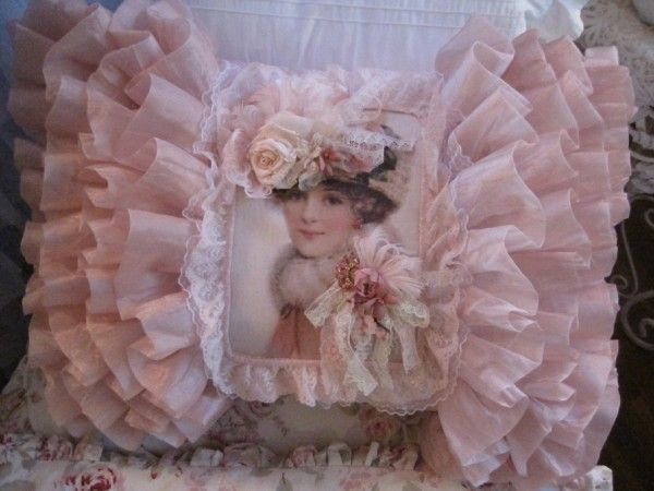 One of Lu La Belle's beautiful pillows.