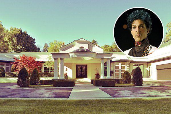 Il cantante, recentemente scomparso, ha soggiornato nella tenuta canadese dal 2001 al 2006 durante il matrimonio con l'italo-canadese Manuela Testolini.