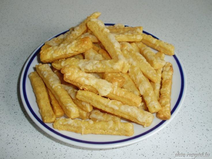 Vendégváró sajtos, sós rudak