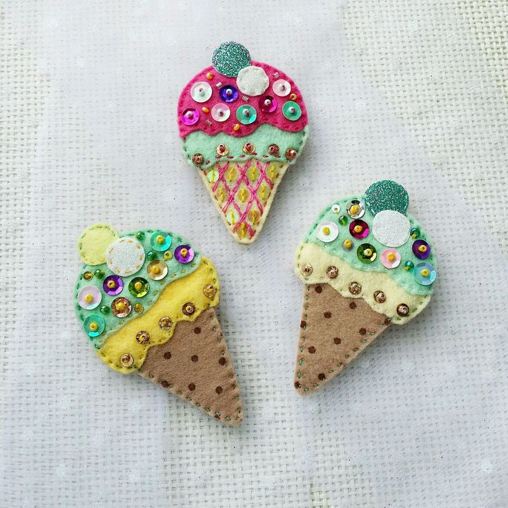 """Isn't it hot? Felt """"ice cream"""" brooch / Купить Брошь """"Мороженое"""" - сладость, брошь, мороженое, день рождения, вкусный подарок, милый подарок"""