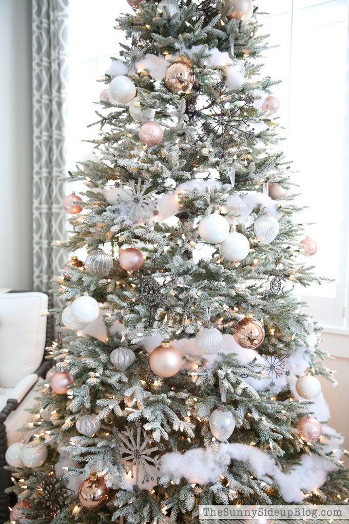 die besten 25 frosted christmas tree ideen auf pinterest weihnachtsbaumschmuck wei e. Black Bedroom Furniture Sets. Home Design Ideas