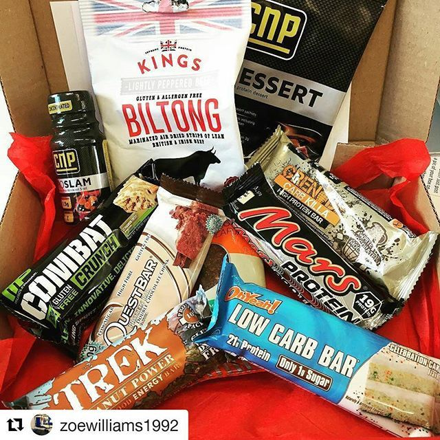 Beautiful pic of our September box by @zoewilliams1992 😊 ・・・ Pretty damn impressed with my first @rippedkit box. Totally forgot I'd ordered it so an even better surprise! Really excited to try the Mars protein and the @ohyeahnutrition bar. Two that I've been wanting to try for a while  #protein #rippedkit #parcels #post #surprise #delivery #iifym #instafit #fitfam #girlgains #eatclean #london #veteran