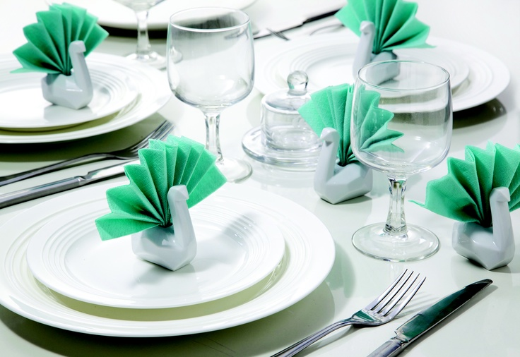 Make your dinner table look beautiful! Napkin Swans by Monkey Business - design by Peleg Design: Monkey Business Napkins, Design Products, Tables Napkins, Peleg Design, Napkins Holders, Gifts Ideas, Business Napkins Swan, Porcelain Swan Napkins, Dinners Tables