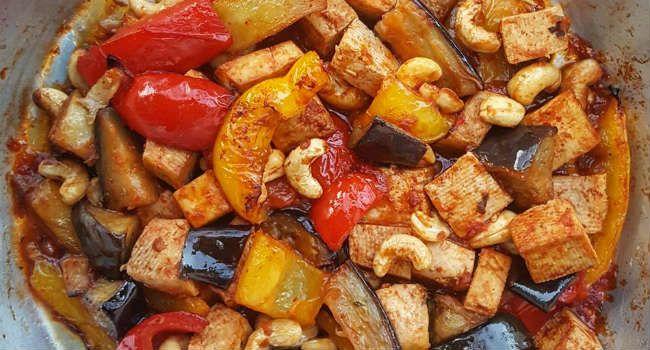 Un classico della cucina orientale, questa volta in versione vegana: un piatto piccante e saporito, assolutamente da provare!