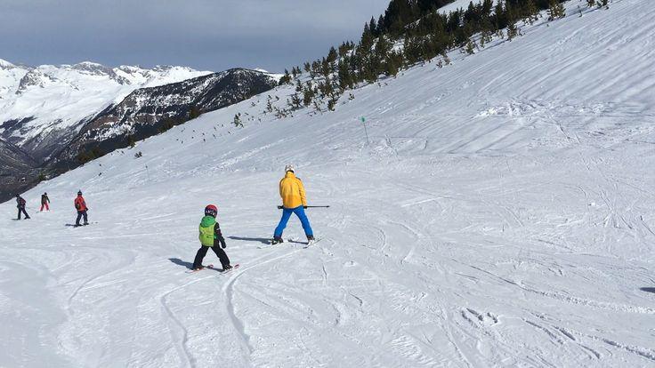 Aprendiendo a esquiar en Cerler Aramon