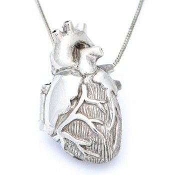 I have never seen a locket like this!