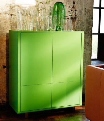 STOCKHOLM Schrank mit 2 Schubladen in Grün mit Beinen aus massiver ...