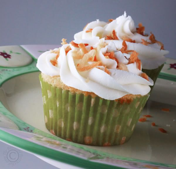 Key Lime Toasted Coconut Cupcakes | food | Pinterest
