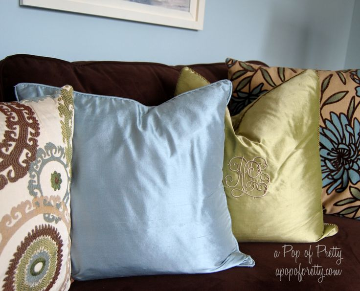17 best ideas about living room brown on pinterest brown couch decor brown sofa decor and brown couch living room