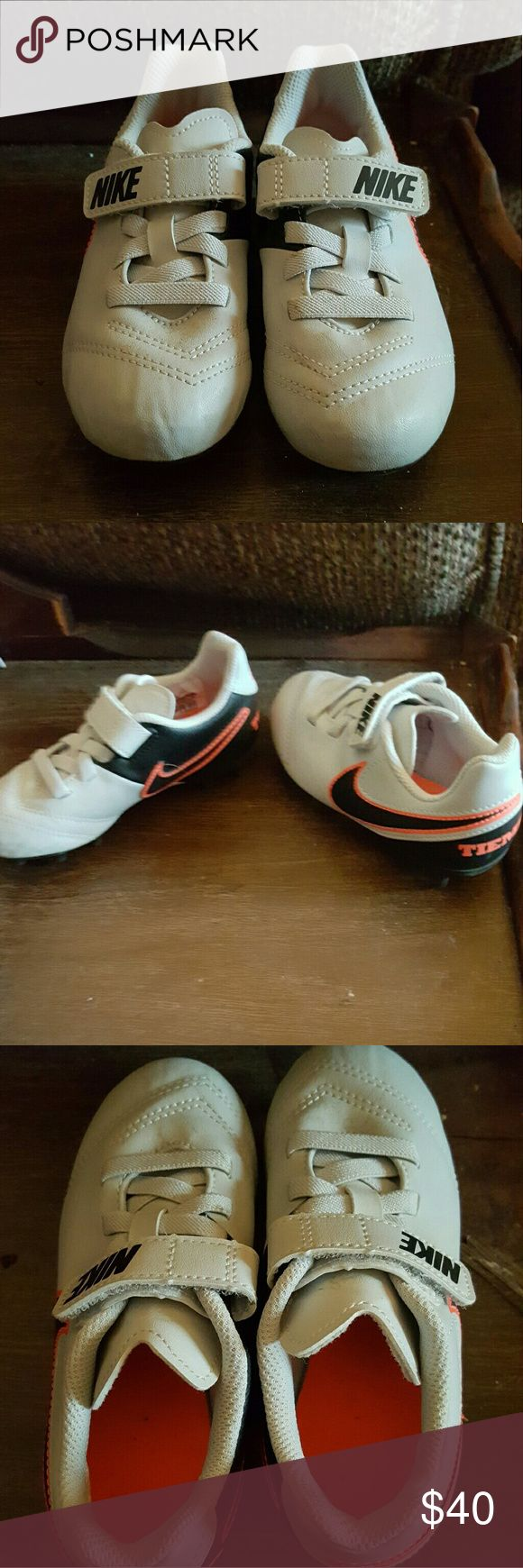 Toddler size 10 soccer cleats These cleats are brand new have only been worn once for about 20 mins price negotiable Nike Shoes
