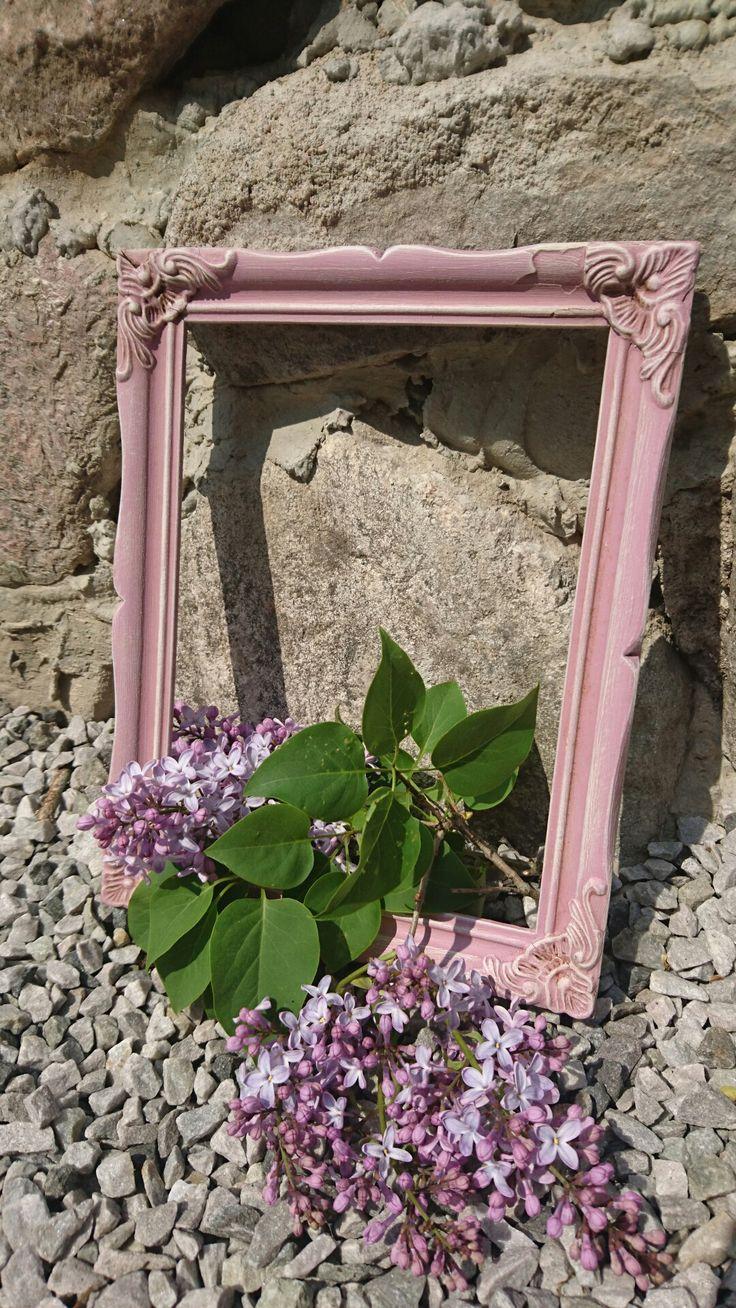 Vackert med Purple Rain <3 torrborstad med kulör Icecream och patinerad med te. Därefter clear o darkbrown wax