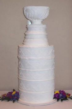 This is what my wedding cake would look like, if I decided to do it all over again.