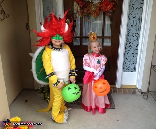 Bowser and Princess Peach. Bowser - Homemade costumes for boys