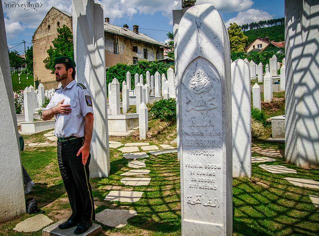 Aliye İzzetbegovic'in mezarı.Allah rahmet eylesin... | Flickr - Photo Sharing!