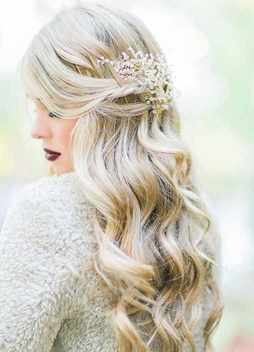 wavy wedding hairstyles for winter with hairpiece