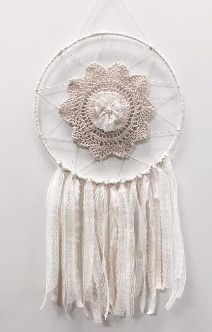 The new Vintage Princess Dream Catcher is perfect for weddings, bedrooms or gifts.