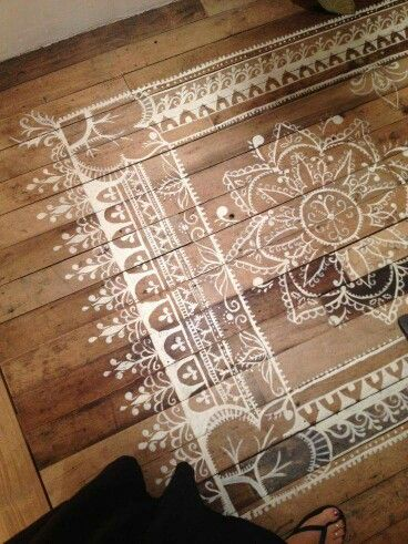 Stenciled floor mat