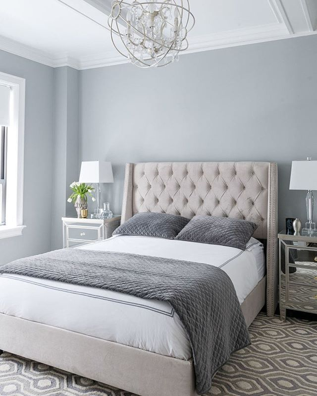 An airy, natural palette makes for a restful #bedroom. (Walls: Coventry Gray HC-169) via @matthewcanedesigns & @miyeyesseethis