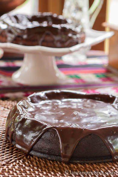 Мексиканский шоколадный торт без муки