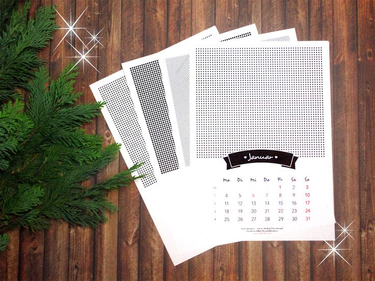 Weihnachtsgeschenke selber machen - Verschenk zu Weihnachten diesen Fotokalender! Freebie runterladen und einfach nur noch Fotos einkleben!
