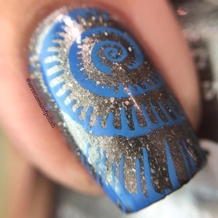 Macro of @picturepolish Mishap, stamped with @colouralike Cobalt Kick