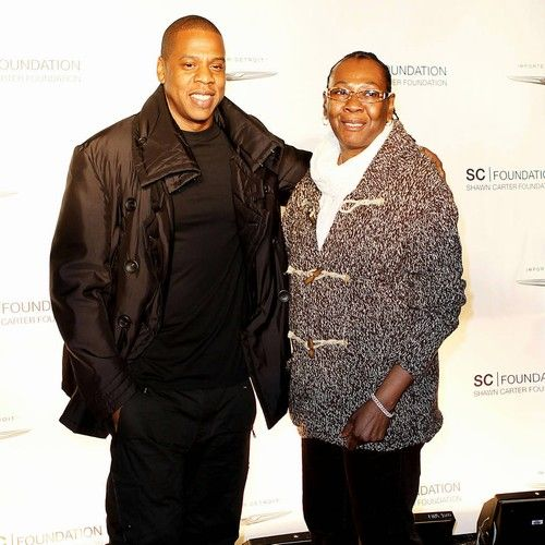 """JAY-Z's mum 'comes out' as a lesbian on new song https://tmbw.news/jay-zs-mum-comes-out-as-a-lesbian-on-new-song  JAY-Z's mother has urged fans to """"love who you love"""" after 'coming out' as a lesbian on the rap icon's new album.The Empire State of Mind hitmaker, real name Shawn Carter, dropped his 13th solo release, 4:44, on Friday (30Jun17), and on the track Smile, he reveals his mum, Gloria Carter, has found love with another woman.Gloria divorced Jay's father, Adnis Reeves, when the…"""